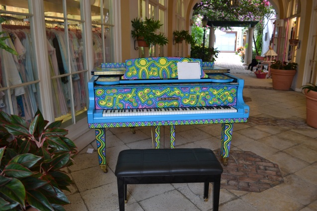 Piano na Via Amore em Worth Avenue, Palm Beach-FL