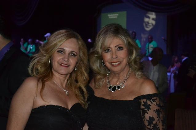 Carla Guarilha e Amanda Delboni