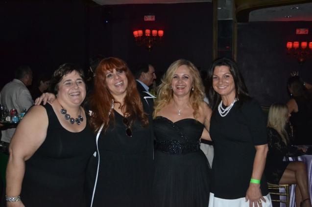 Dra. Cecília Magalhães, Eleonora Goretkin Carla Guarilha e Vanice de Leonardis)